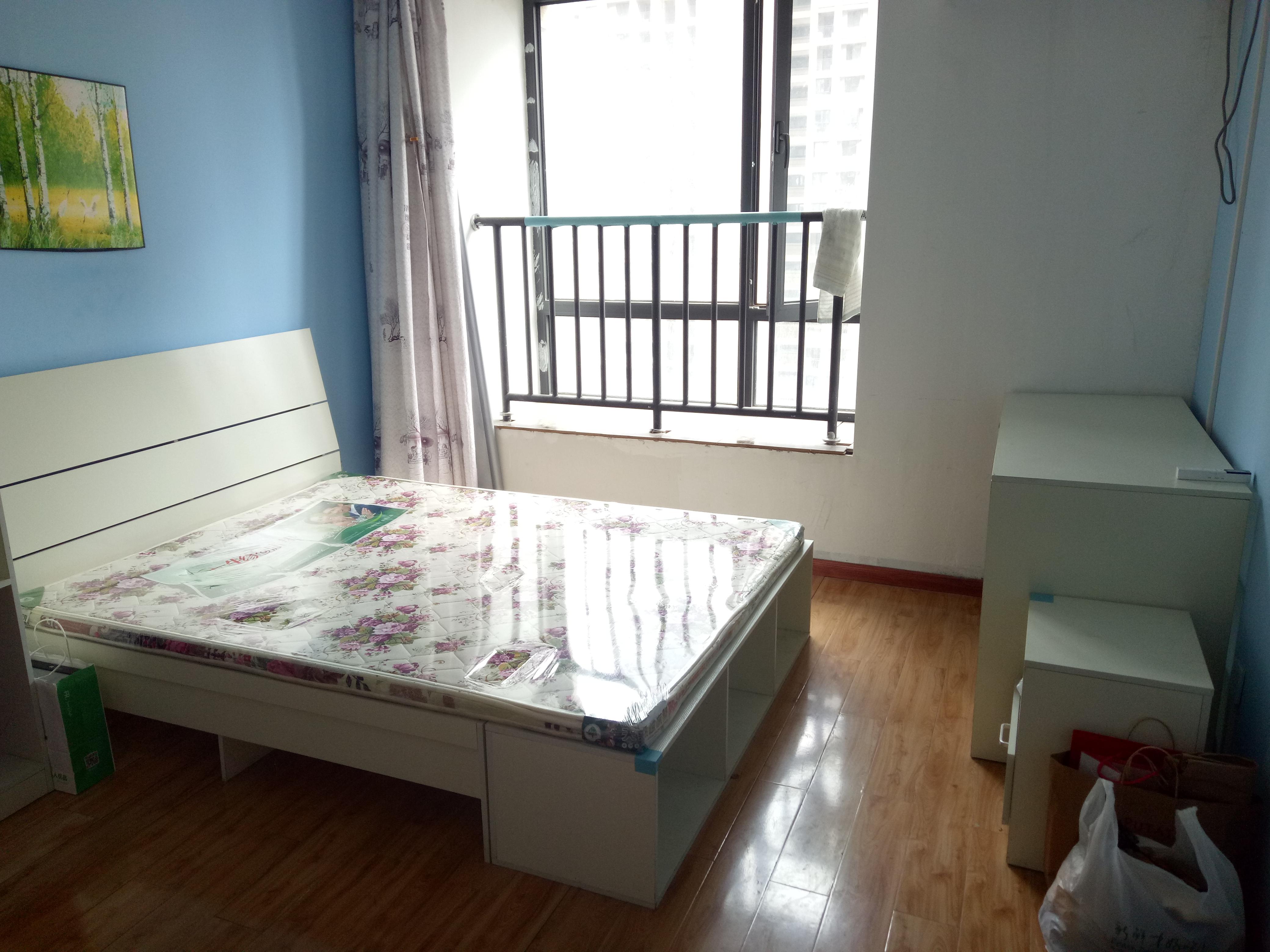 【合租】华润凯旋门3室1厅A