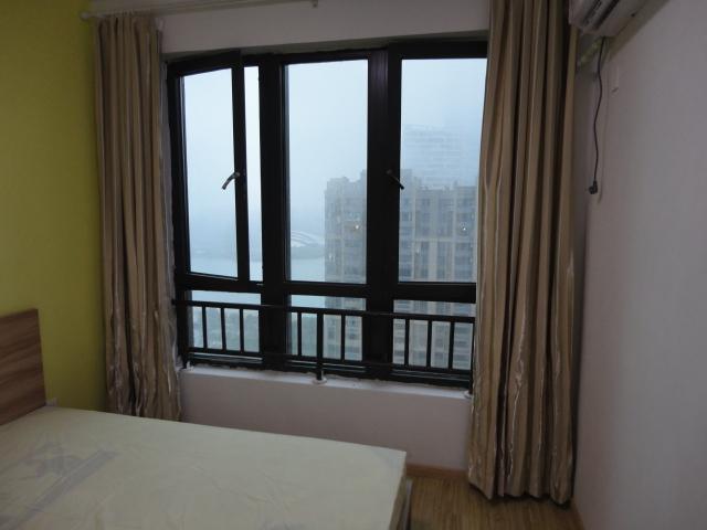 【合租】华润凯旋门4室1厅RoomB