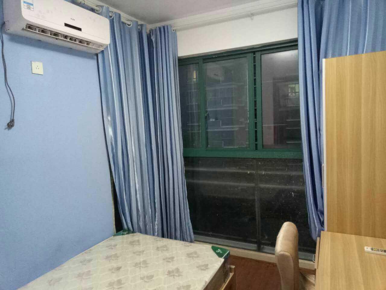 【合租】信达水岸茗都4室1厅RoomC