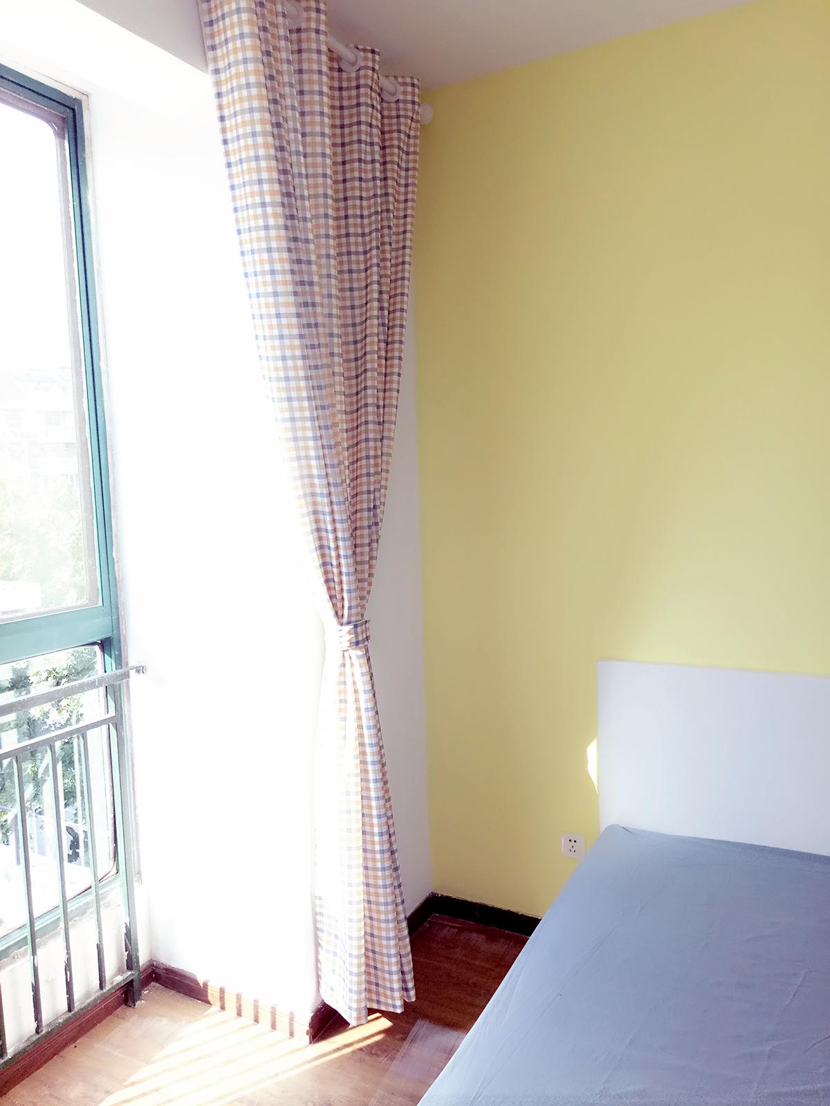 【合租】缤纷南国沐风居4室1厅RoomC