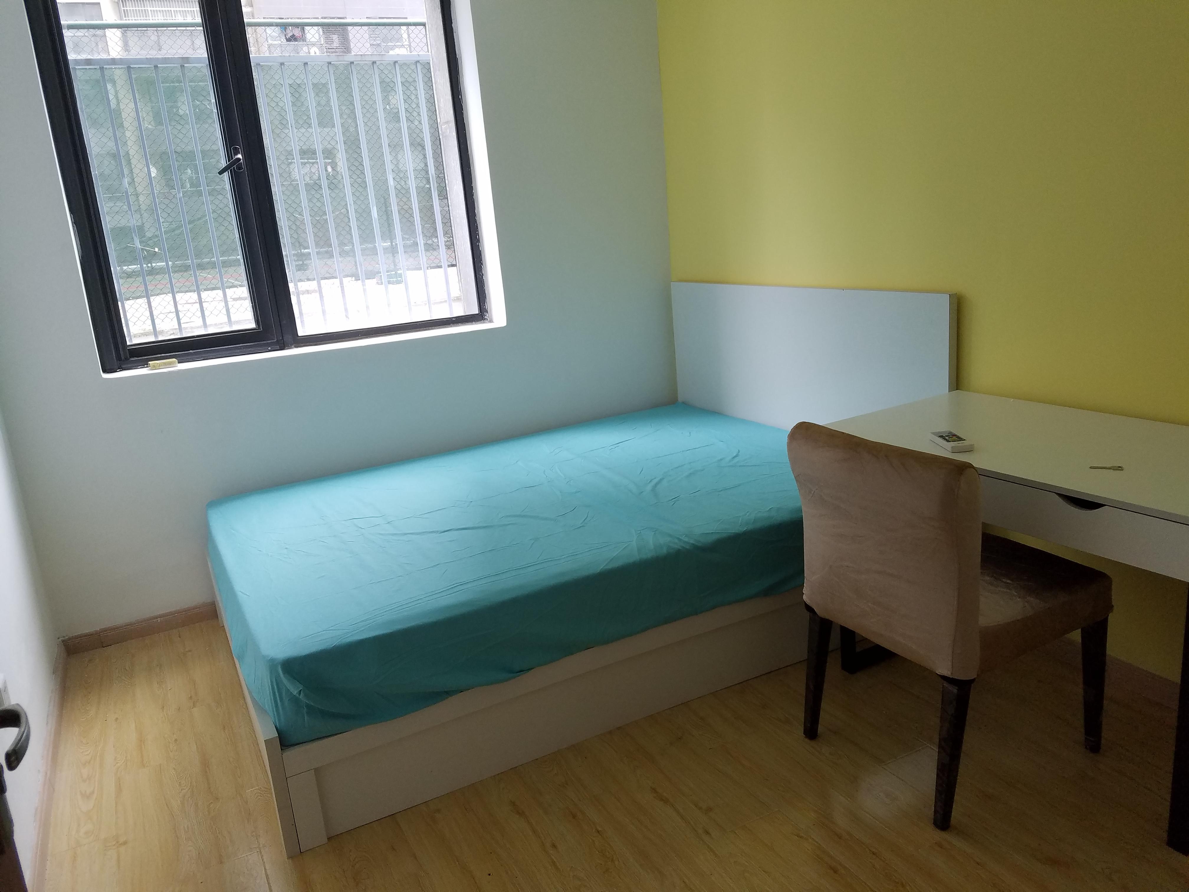 【合租】学林雅苑5室1厅RoomB