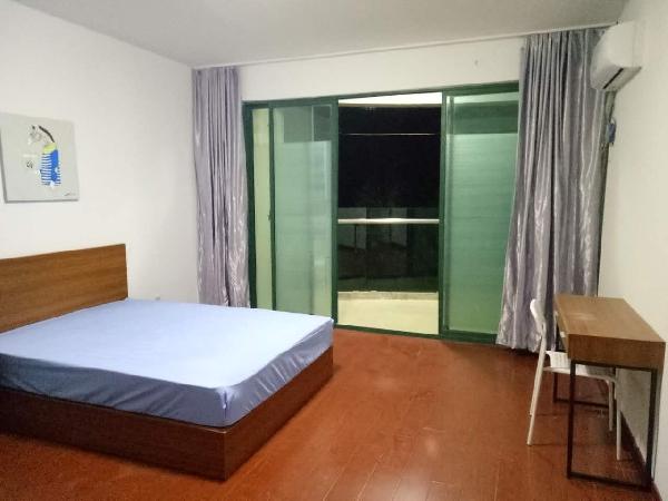 【合租】瑞鑫兰庭4室1厅C房间