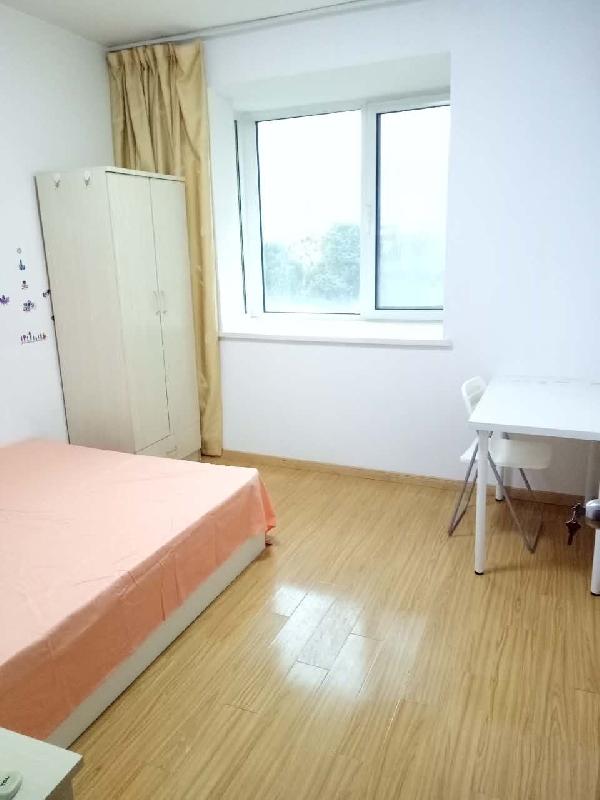 【合租】西堤国际三区3室2厅次卧