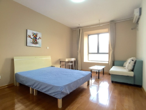 【合租】万和源居3室1厅主卧