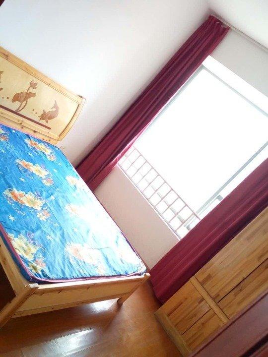 【合租】元一滨水城4室1厅A