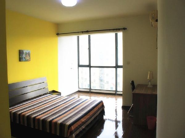 【合租】狮子桥小区4室1厅次卧