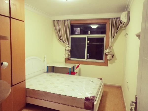 【合租】凤翔翠园3室1厅主卧、次卧