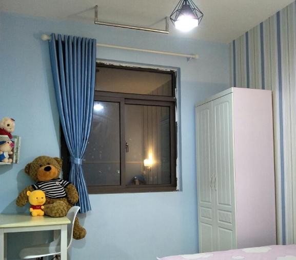 【合租】利港银河新城3室2厅餐厅隔断
