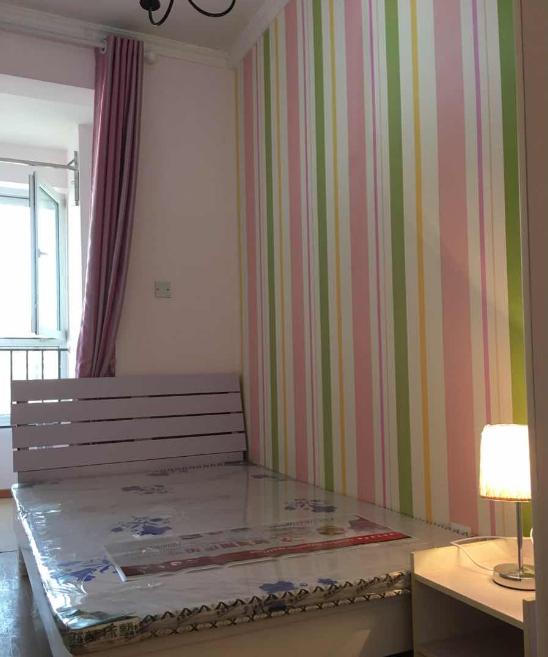 【合租】中国铁建青秀城3室2厅客厅隔断