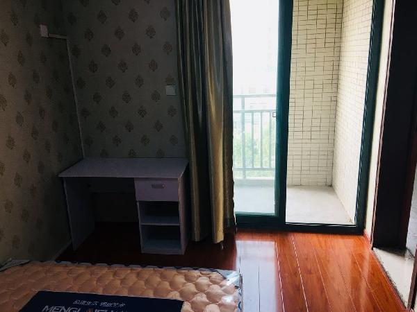 【合租】明发商业广场4室1厅2
