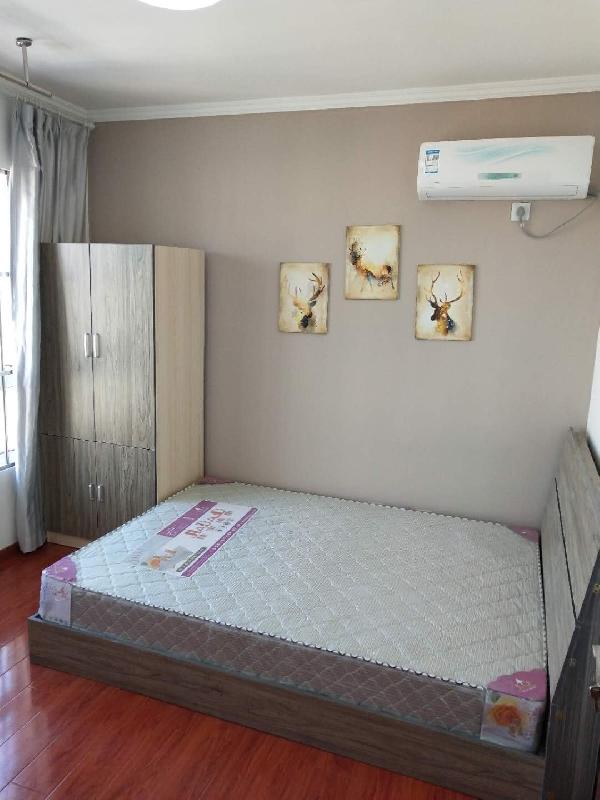 【合租】中铁滨湖名邸3室1厅次卧