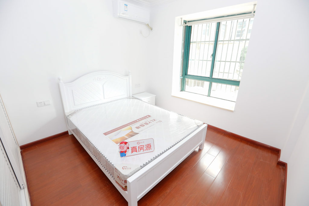 【合租】汇融公寓3室1厅乙