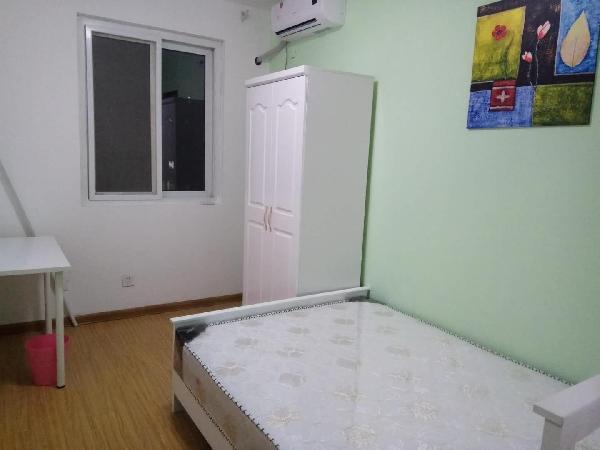 【合租】清荷园北园2室1厅朝南次卧