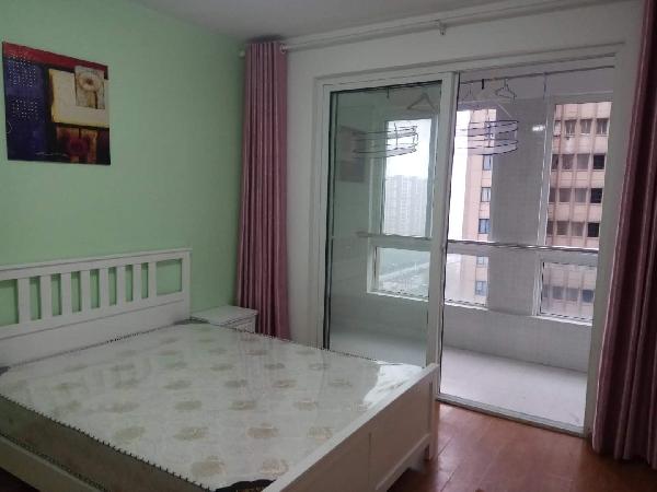【合租】清荷园北园2室1厅主卧带阳台