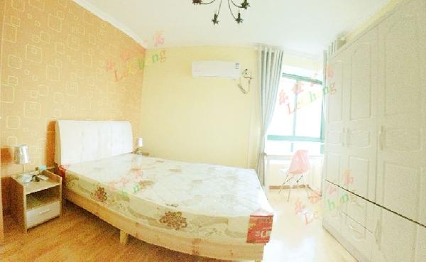 【合租】时代华庭5室1厅2