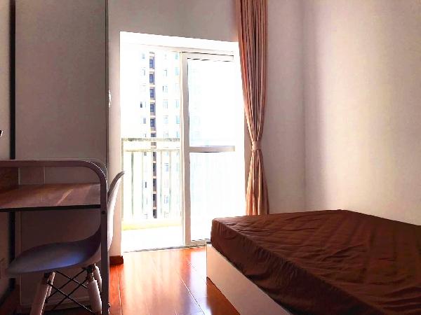【合租】聚凤华庭南区4室2厅4