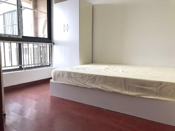 【合租】港汇广场3室1厅2