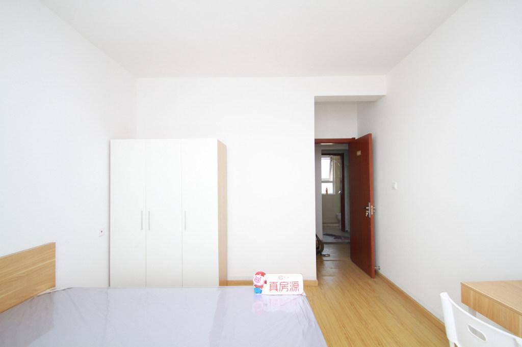 【合租】中南锦苑5室1厅乙