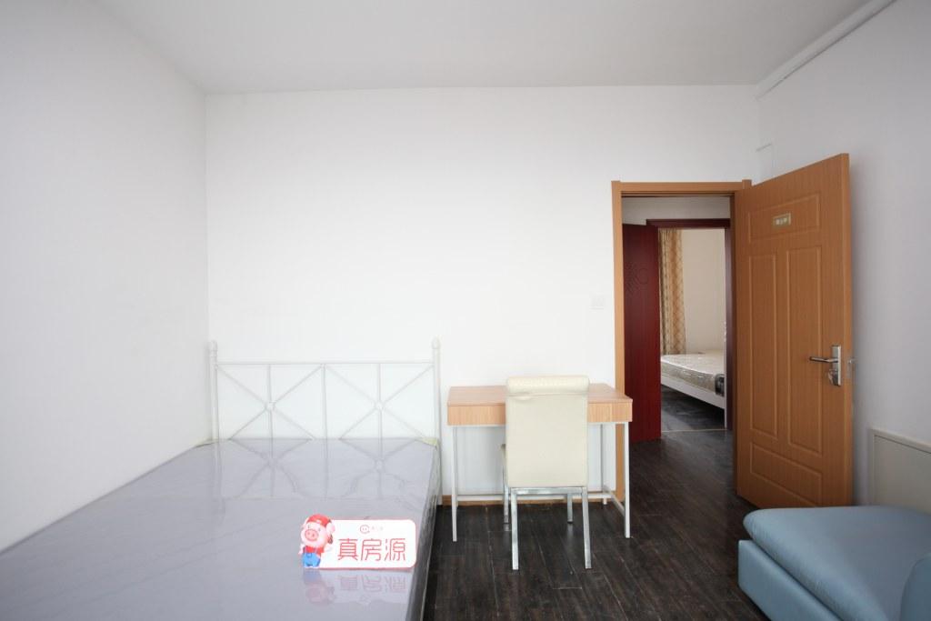 【合租】太阳星辰花园泊朗峰4室1厅甲