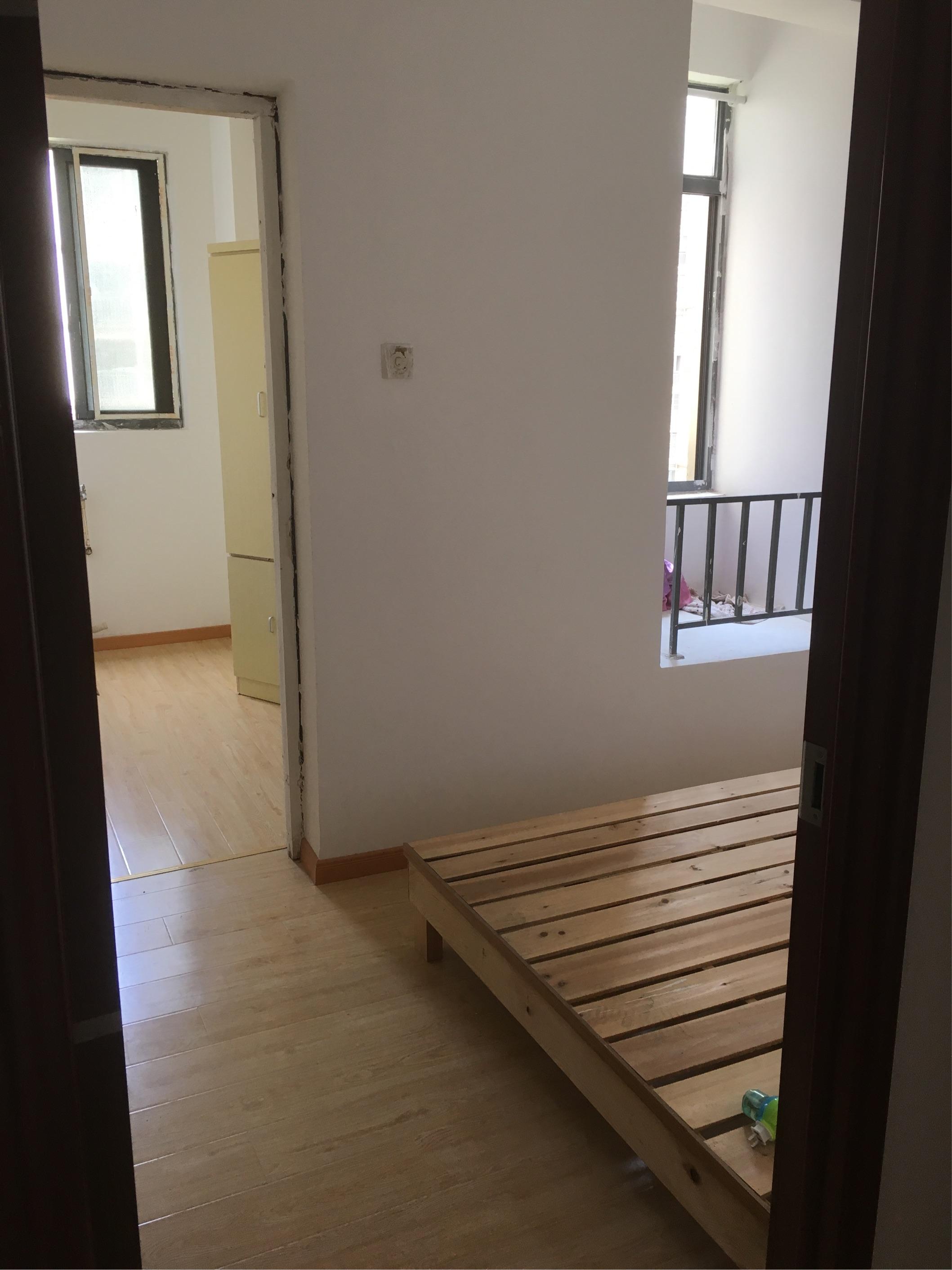 【合租】长安萨尔斯堡3室1厅6