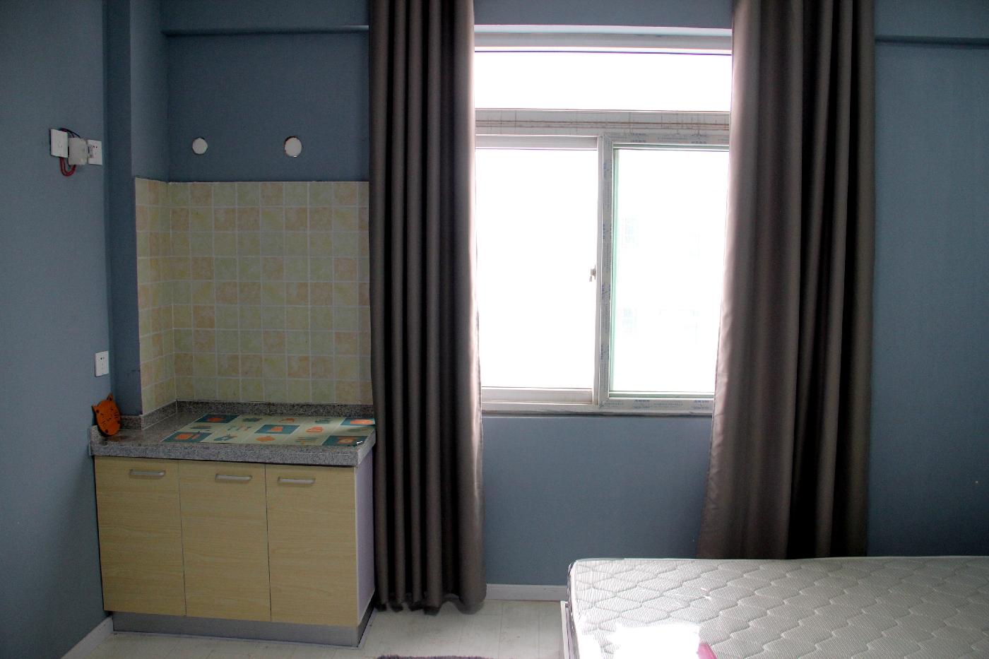 【合租】翡翠花园1期5室2厅二楼B